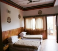 zangthopelri-cottage-room